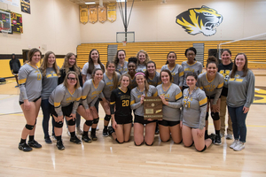 Halls Volleyball wins Regionals!!