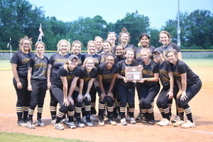 HHS Softball Team Named District 14A Runner-Up