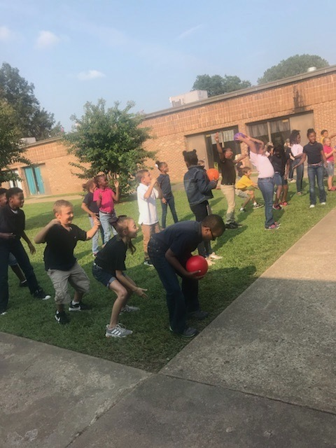 LEAPS students at Halls Elementary.