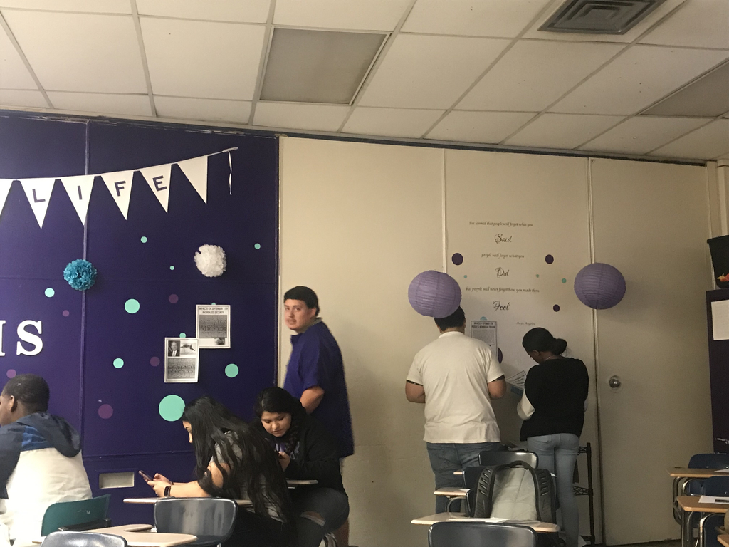 The students in Mrs. Hawkins senior English class are taking a gallery walk taking notes on the impact of 9/11. They will conclude the lesson with an essay explaining the impacts 9/11 has on our lives today.